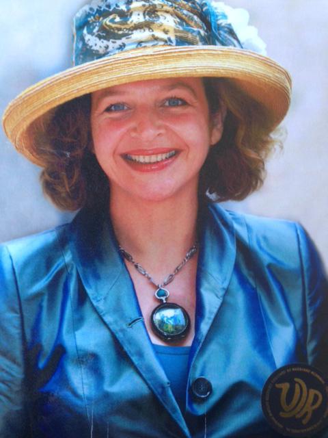 Edith-Schippers-Prinsjesdag-2011-1